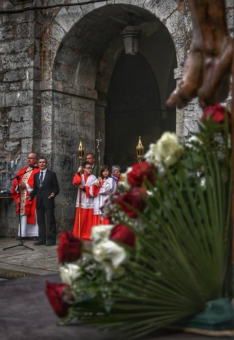 Laudion ere prozesioak hartu zuen kalea Ostiral Santuan - 16