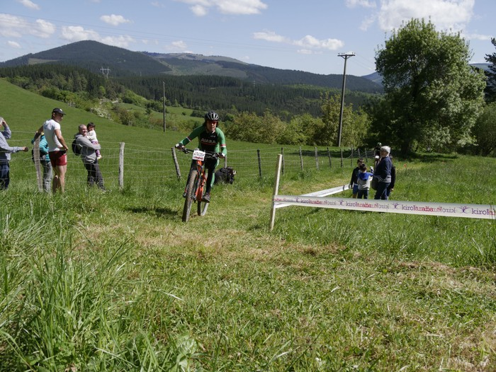 Zuriñe Frutosek eta Iñaki Isasik irabazi dute Aiarako Mendi Duatloia - 73