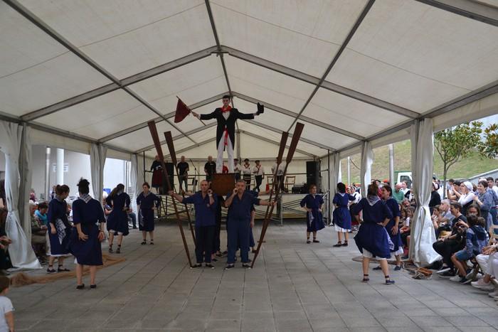 Untzueta dantza taldeak 35. urteurrena ospatu zuen atzo - 7