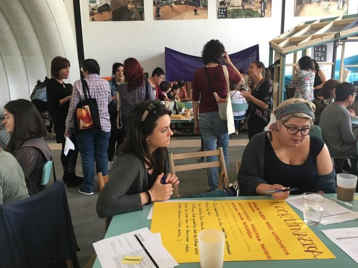 Aiaraldeko emakume feministen topaketa argazkitan - 51
