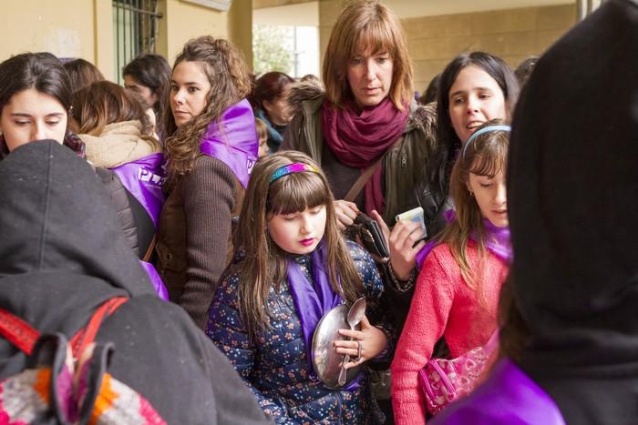 Ehunka emakume* grebalarik hartu dituzte Aiaraldeko kale eta plazak - 170