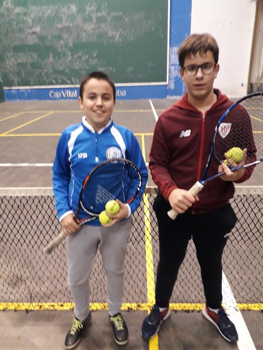 Gabonetako partidak antolatu ditu Laudio Tenis Klubak - 5