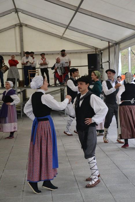 Untzueta dantza taldeak 35. urteurrena ospatu zuen atzo - 5