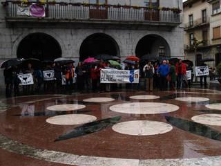 88 pertsona bildu dira Alaitz Aramendiri ezarritako 18 urteko kartzela zigorra salatzeko mobilizazioan