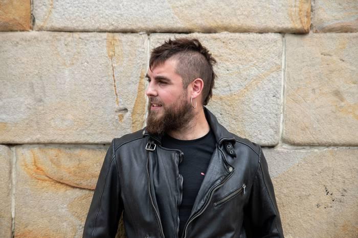 """""""Soilik txeloarekin joko dut punk, stoner, rock eta techno musika Faktorian"""""""
