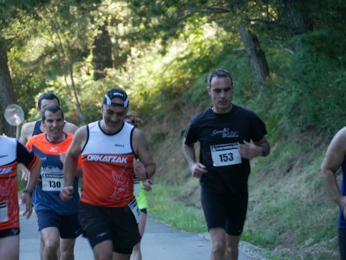 Felipe Larrazabal eta Maider Urtaran garaile San Joan Astobitzako krosean - 21