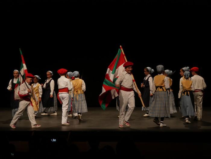 Guk saria jaso du Aiara dantza taldeak - 53
