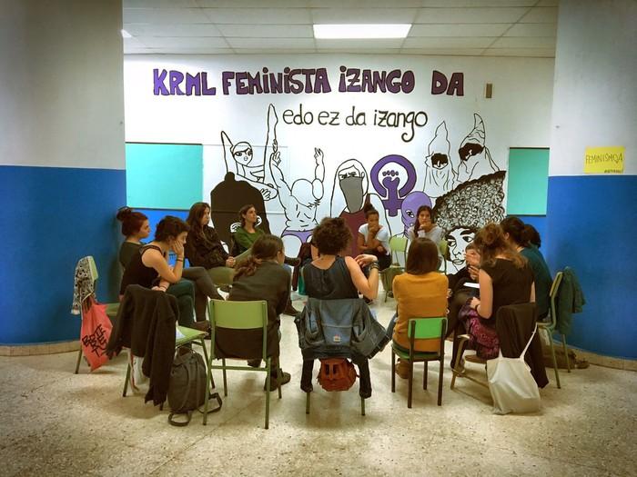 Neska eta trans gazteen topaketa feministak egingo dituzte larunbatean