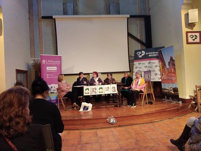 Eskualdeko talde eta elkarte feministei aitortza egin zieten Berdintasun topaketan - 14