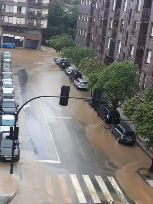 """Euskalmet: """"30 ur litro metro koadroko bota ditu ordu erdian ekaitzak"""" - 6"""