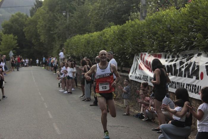 Jon Durana eta Maider Urtaran garaile San Joan Astobitzako krosean - 45