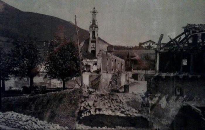 [EFEMERIDEA] Lau ume hil ziren duela 80 urte Aretan, gerra zibileko granada baten eztandaren ondorioz