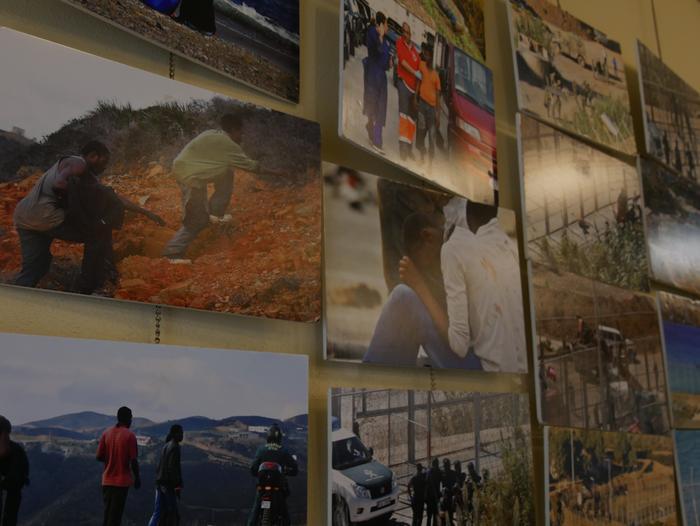 Errefuxiatuei buruzko erakusketa jarri dute Otueta Gizarte Etxean - 7