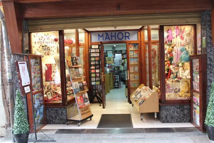 Bono Dendaren ezohiko kanpaina martxan, itxi behar izan duten negozioei bideratuta