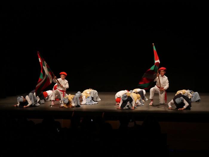 Guk saria jaso du Aiara dantza taldeak - 45
