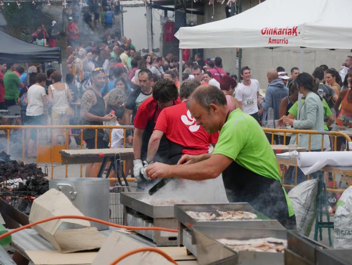 Ehunka kirolarik parte hartu zuten atzo Peregaña Igoeraren VI. edizioan - 201