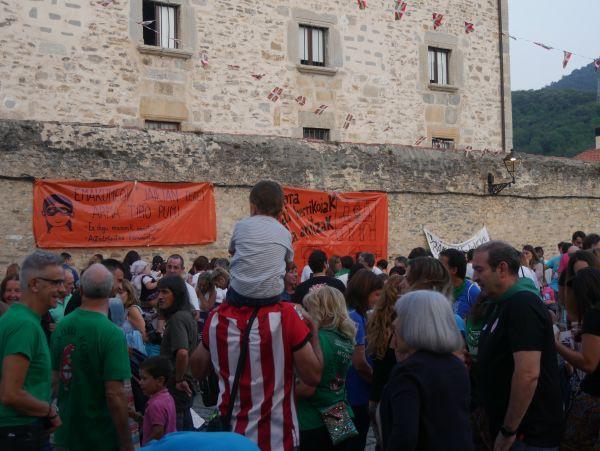 Ana Perezen pregoiari jarraiki, festarekin gaztetu da Artziniega - 19
