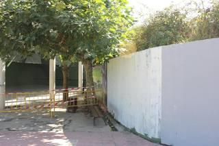 Ertzaintzak Arakaldoko frontoiko mural bat ezabatzean erakutsitako harrokeria salatu du Bilduk