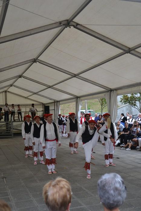 Untzueta dantza taldeak 35. urteurrena ospatu zuen atzo - 74