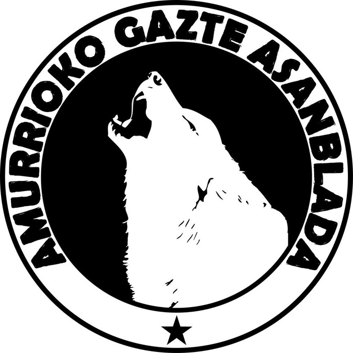 Ertzaintzak desalojatu egin du Gazte Asanbladak okupatutako Landazuri Etxea