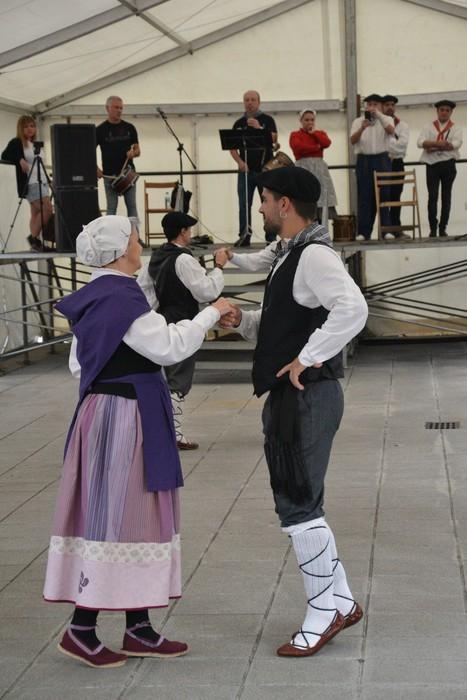 Untzueta dantza taldeak 35. urteurrena ospatu zuen atzo - 11