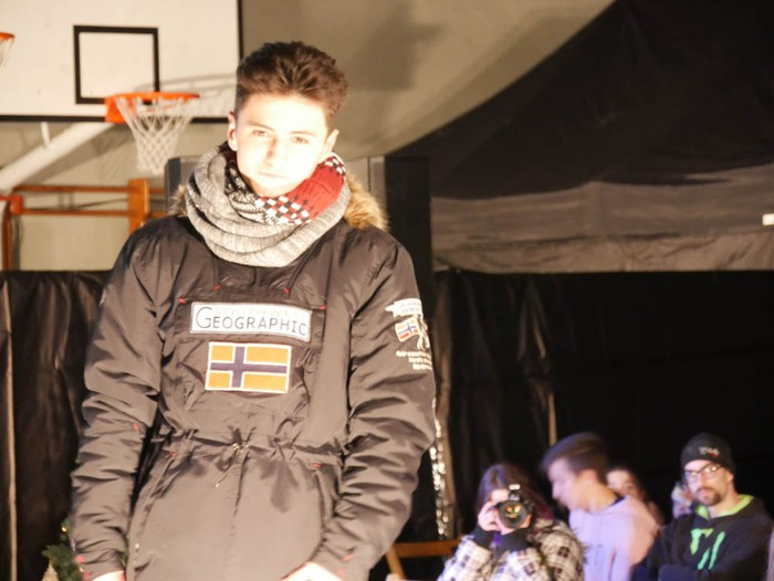 Ikasbidaia antolatzeko moda desfilea egin zuten ikastolan - 39