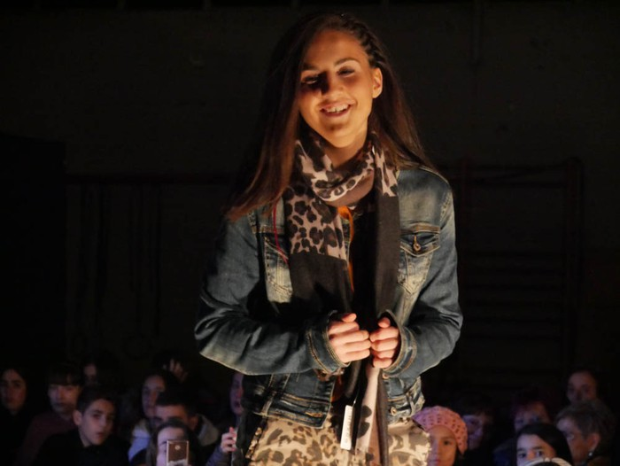 Ikasbidaia antolatzeko moda desfilea egin zuten ikastolan - 63